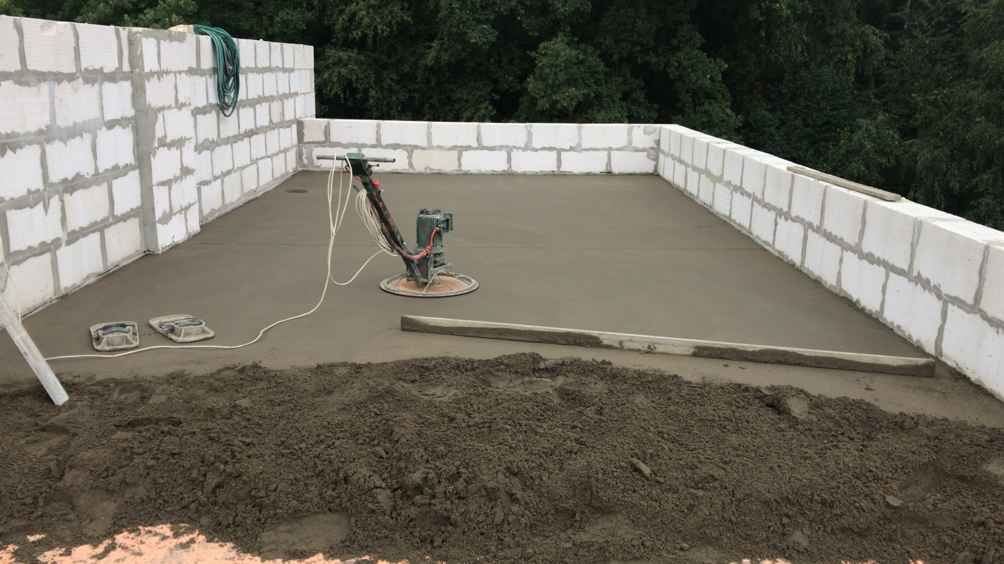 Цементный раствор для цементной стяжки кровли бассейн с керамзитобетона